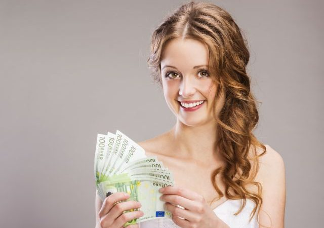 pedir dinero en lugar de regalos en la boda